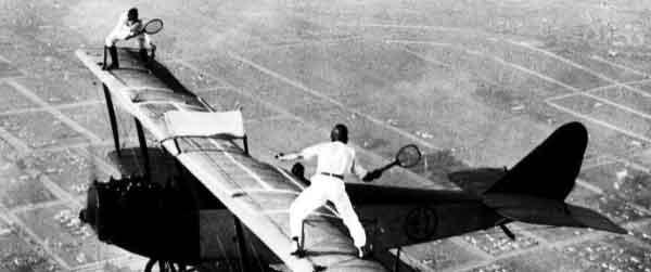 Biplane Tennis